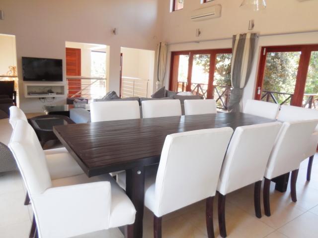 dining-room-4.567a1184b98ae10d49acc72377b15bfc