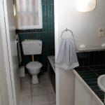 23 Main Bath en suite 02